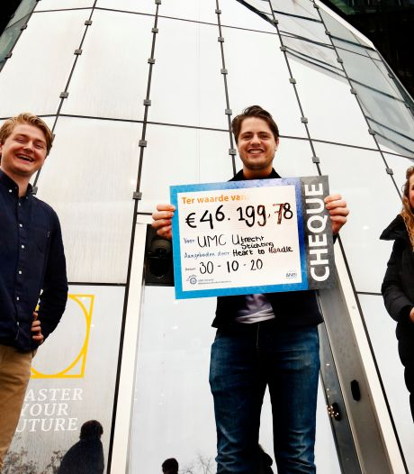Deze acht studenten fietsten tienduizenden euro's bij elkaar voor Daphne, die haar vader plots verloor aan een hartstilstand