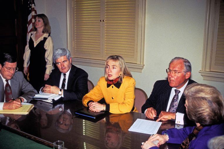 1993: als first lady probeert Hillary Clinton een ziektekostenverzekering af te dwingen. Beeld Corbis