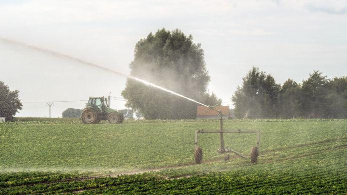 Er wordt ook naar de landbouw gekeken voor een herziening van het waterbeleid.