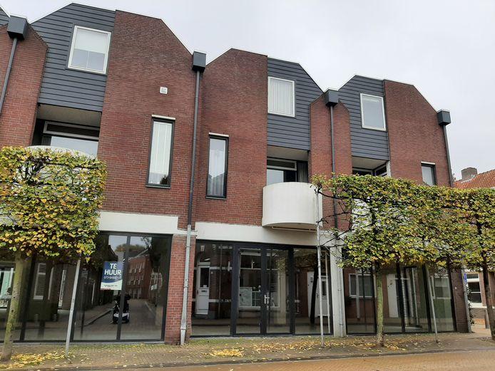 De stallling gaat volgend jaar open op de hoek van de Langestraat met de Korte Tuinstraat. In het magazijn van de voormalige Wibra. Dat heeft het Tilburgse college van B en W besloten.