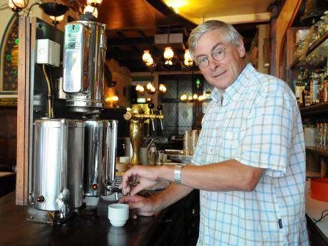 Icoon van Visser's Poffertjessalon Jaap Mol (71) overleden