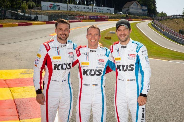 Laurens Vanthoor (rechts) met zijn teamgenoten Bamber en Bernhard.