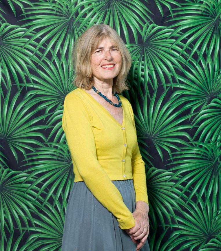 Laura Starink: 'Hoe meer narratieven, hoe meer verwarring enhoe makkelijker het is de bevolking hetzicht op dewaarheid tebenemen.' Beeld Ivo van der Bent