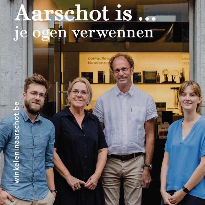 Deurportretten van handelaars van fotograaf Stijn Willems en slogans moeten 'merci' zeggen maar mensen ook aanzetten om verder lokaal te shoppen en te consumeren