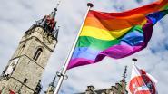 Klacht tegen onbekenden na vandalisme aan regenboogvlag