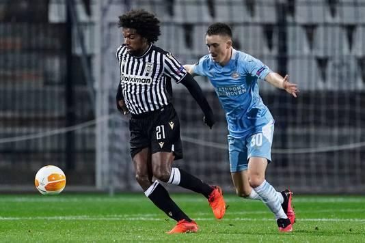 Aan Griekse kant speelt een Nederlander, ex-Feyenoorder Diego Biseswar