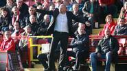 Bob Peeters verliest met Charlton, Vossen in basis bij Middlesbrough