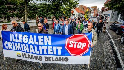 Vlaams Belang-aanhangers houden protestmars tegen illegalen