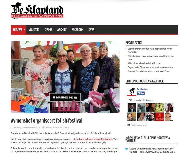 Deze bewerkte foto van enkele vrijwilligers die seksattributen verkopen in het rusthuis verscheen onlangs op het satirisch internetmagazine.