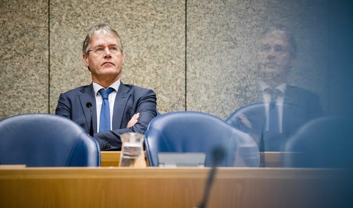 Minister Arie Slob laat weten vereerd te zijn met de stemmen die hij gekregen heeft in de burgemeesterspoll van de Stentor.