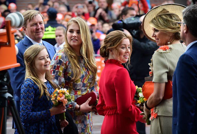 De koninklijke familie zaterdag in Amersfoort. Beeld Marcel van den Bergh / de Volkskrant
