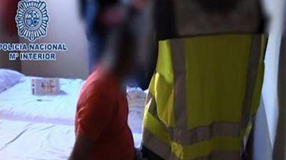 Stomdronken Ieren vergissen zich, slapen in wildvreemde hotelkamer en worden beschuldigd van diefstal