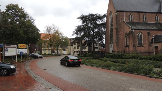 Gemeente werkt aan alternatief voor fietsers voor gevaarlijke bocht in Dorpsstraat