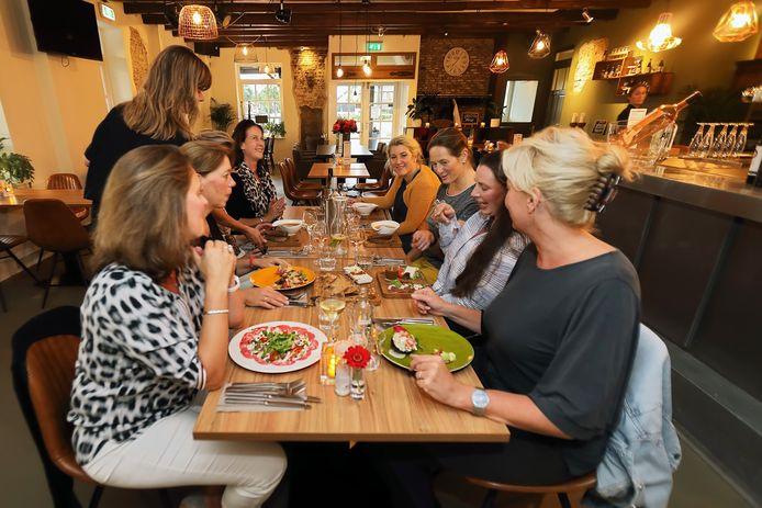 Restaurant Bij Tater in Teteringen, waar BN De Stem in september 2018 een bezoek bracht voor een eetrecensie voor de rubriek Over de Tong.