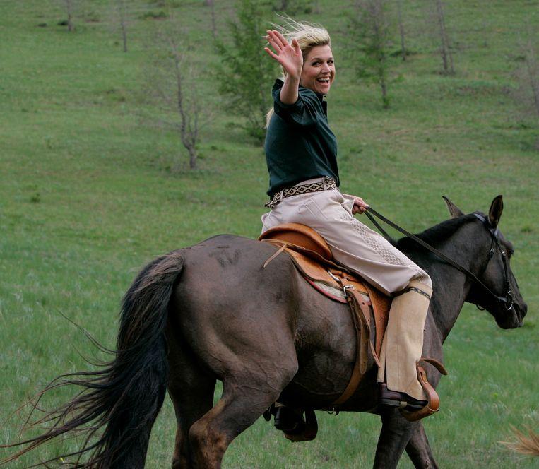 Máxima te paard in Mongolië. Beeld Hollandse Hoogte / Benelux Press
