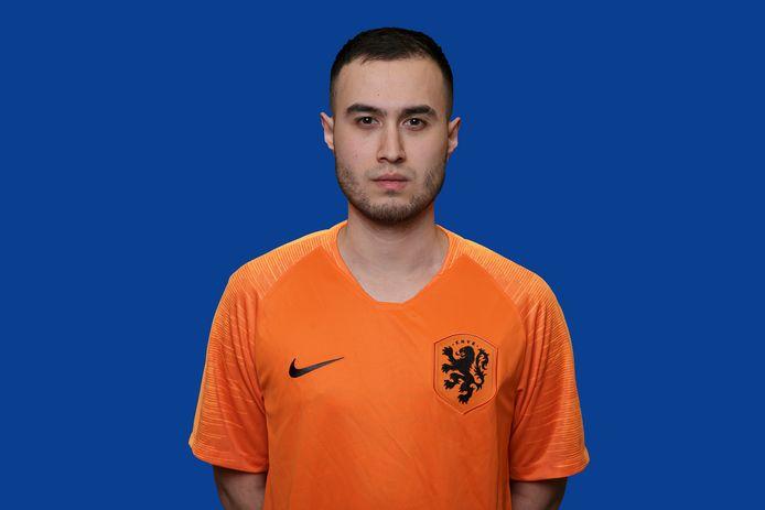 Yos Sonneveld is een van de twee spelers die Nederland vertegenwoordigt op het EK Pro Evolution Soccer 2020.