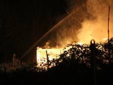 Loods in Maarssen gaat in vlammen op