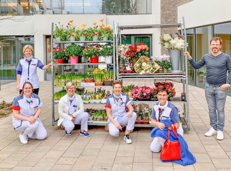 Bloemen van Euroflora voor woon-zorgcentrum Hofstede in Sint-Niklaas.