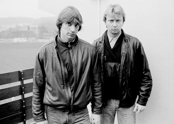 Willem Holleeder (l) en Cor van Hout, ontvoerders van Alfred Heineken, en in 1983 nog bloedgabbers.