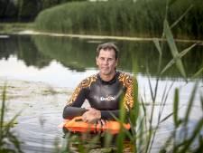 Maikel uit Denekamp zwemt 2 km voor kankeronderzoek: 'Een stukje verwerking'