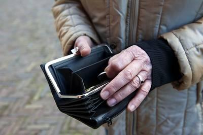 Breda gaat arme senior beter wijzen op hulp