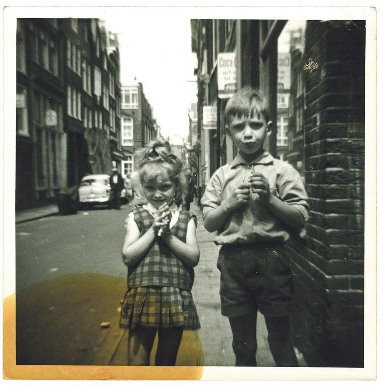 Wim en Astrid Holleeder in 1965 Beeld Stien Leipoldt