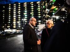 Burgemeester Marcouch brengt bezoek aan familie slachtoffers en bewoners Arnhemse flat