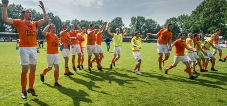 Overzicht | Moerse Boys viert historische promotie, Victoria'03 handhaaft zich in derde klasse