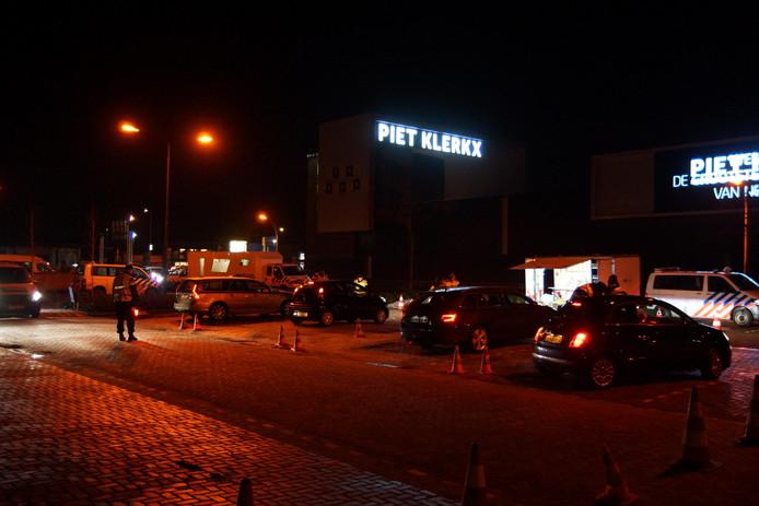 Piet Klerkx Waalwijk : Politie houdt grote controle langs midden brabantweg in waalwijk