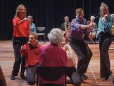 Marianne (94) gaat helemaal los dankzij Roosendaal Danst: 'Je mag gewoon jezelf zijn'