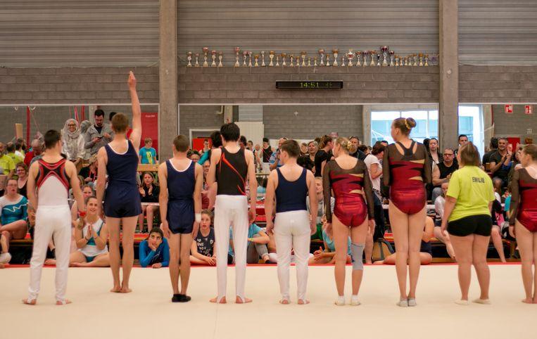 Gymnastiek in sporthal De Witte Molen.