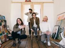 Bassist van rockband Mozes & The Firstborn uit Eindhoven wint journalistieke prijs