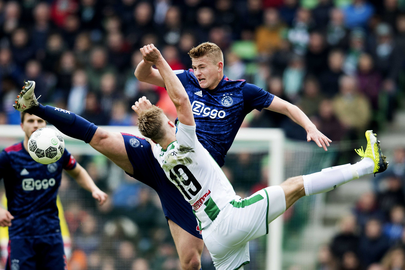 Ajax won vorig seizoen de uitwedstrijd tegen FC Groningen met 1-2.
