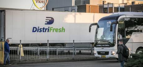 'Slachtpersoneel dat in quarantaine zat in Duitsland aan het werk gezet'