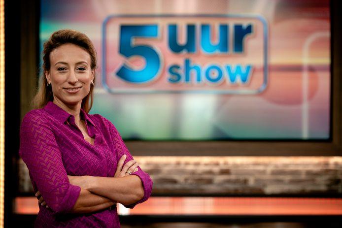 5 Uur Show-presentatrice Carolina Lo Galbo.
