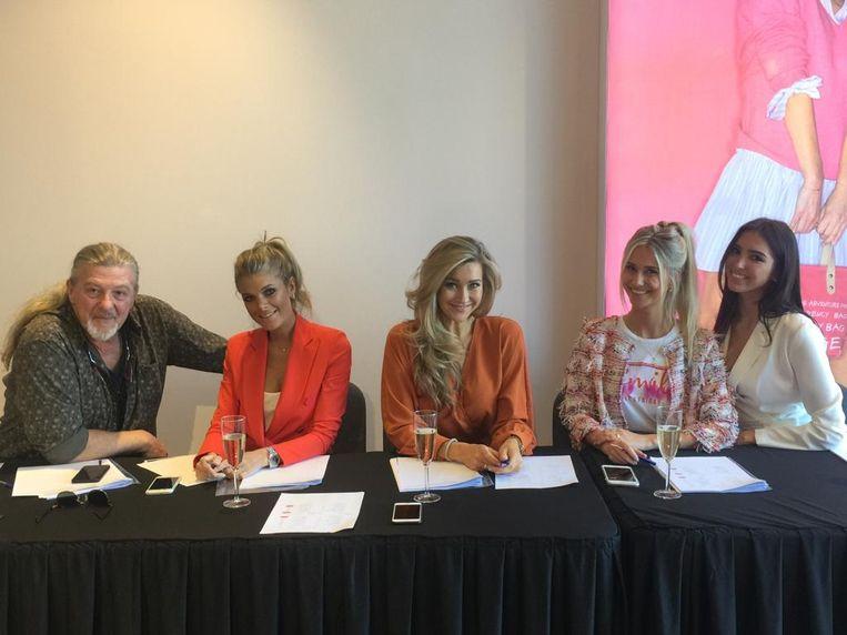 De jury bestond uit huisfotograaf Daniel Dedave, model Kim Engelbosch, mediafiguur en model Ellen Petri, blogster Céline van Ouytsel en Bobo gezicht 2018 Leentje Jorissen.