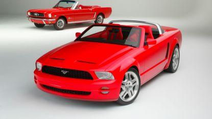 Wereldrecordpoging bij Ford Lommel: 1.001 Mustangs verzameld