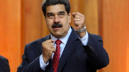 Maduro kapt interview af en steekt journalisten in donkere kamer: beelden van Venezolanen die uit vuilniskar eten bevielen hem niet