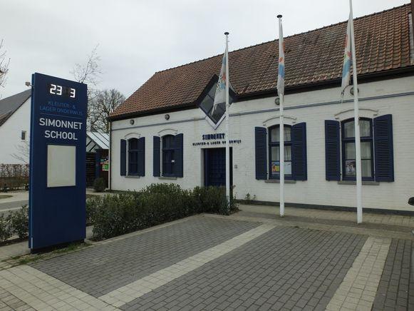 De Vrije Basisschool Simonnet in de Maenhoutstraat..