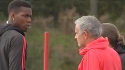 Koude oorlog tussen Pogba en Mourinho bereikt stilaan climax: zo kijkt Fransman op training naar zijn coach