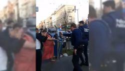Corona-interventie dreigt uit de hand te lopen: jongen (18) hitst buren op tegen politie