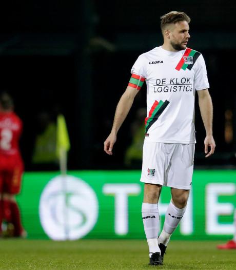 NEC'er Van den Berg speelt meest bizarre wedstrijd ooit