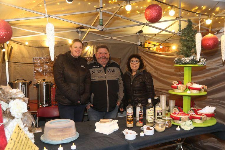 De Koninklijke Handbooggilde Sint-Joris Boezinge vzw zijn dit jaar van de partij op de kerstmarkt.