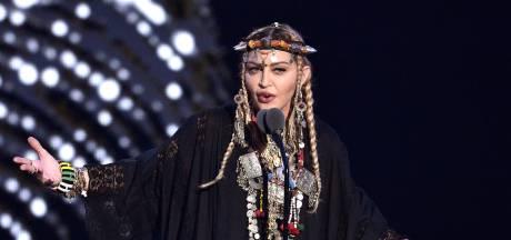Madonna haalt valse noten uit Youtube-video Songfestival
