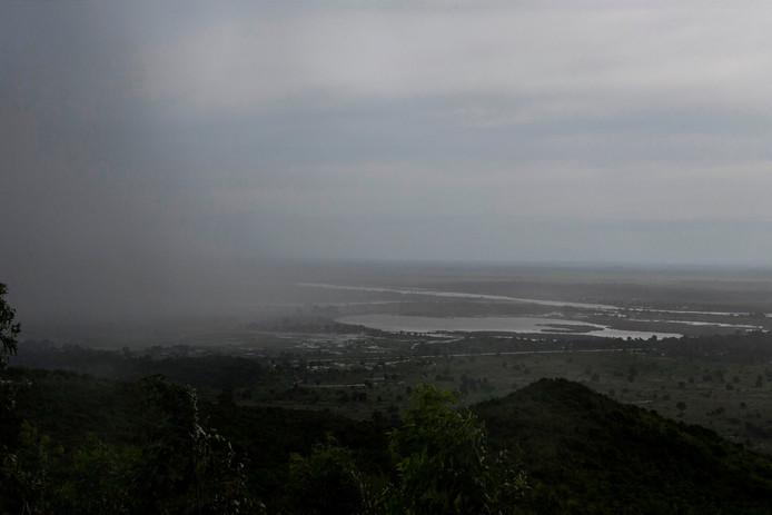 Cycloon Idai trok met windsnelheden tot wel 200 kilometer en heveige regenval over Mozambique richting buurlanden Zimbabwe en Malawi.