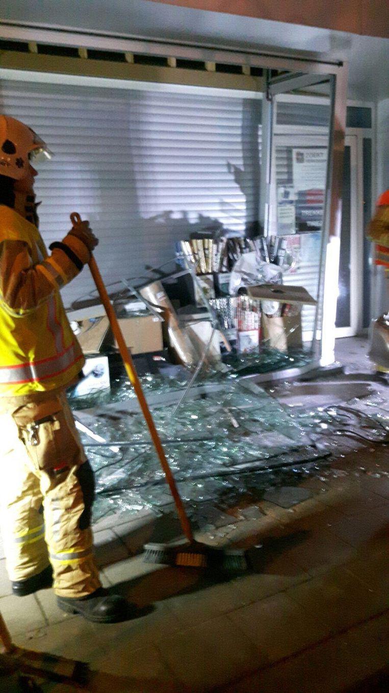 De schade bij kopiecenter Deleye zondagavond.