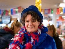 Marianne is klaar voor carnaval, maar gaat dit jaar toch maar niet als statafel