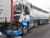 A59 bij knooppunt Hooipolder dicht wegens ongeval met vrachtwagen