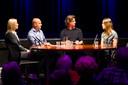 Joop Vos en Robert van den Broek in gesprek met Erica van Dijck en Amy Siemons.