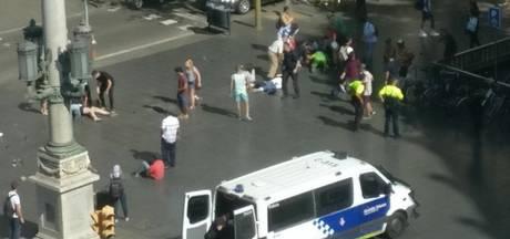 Voetgangers geraakt door busje in Barcelona